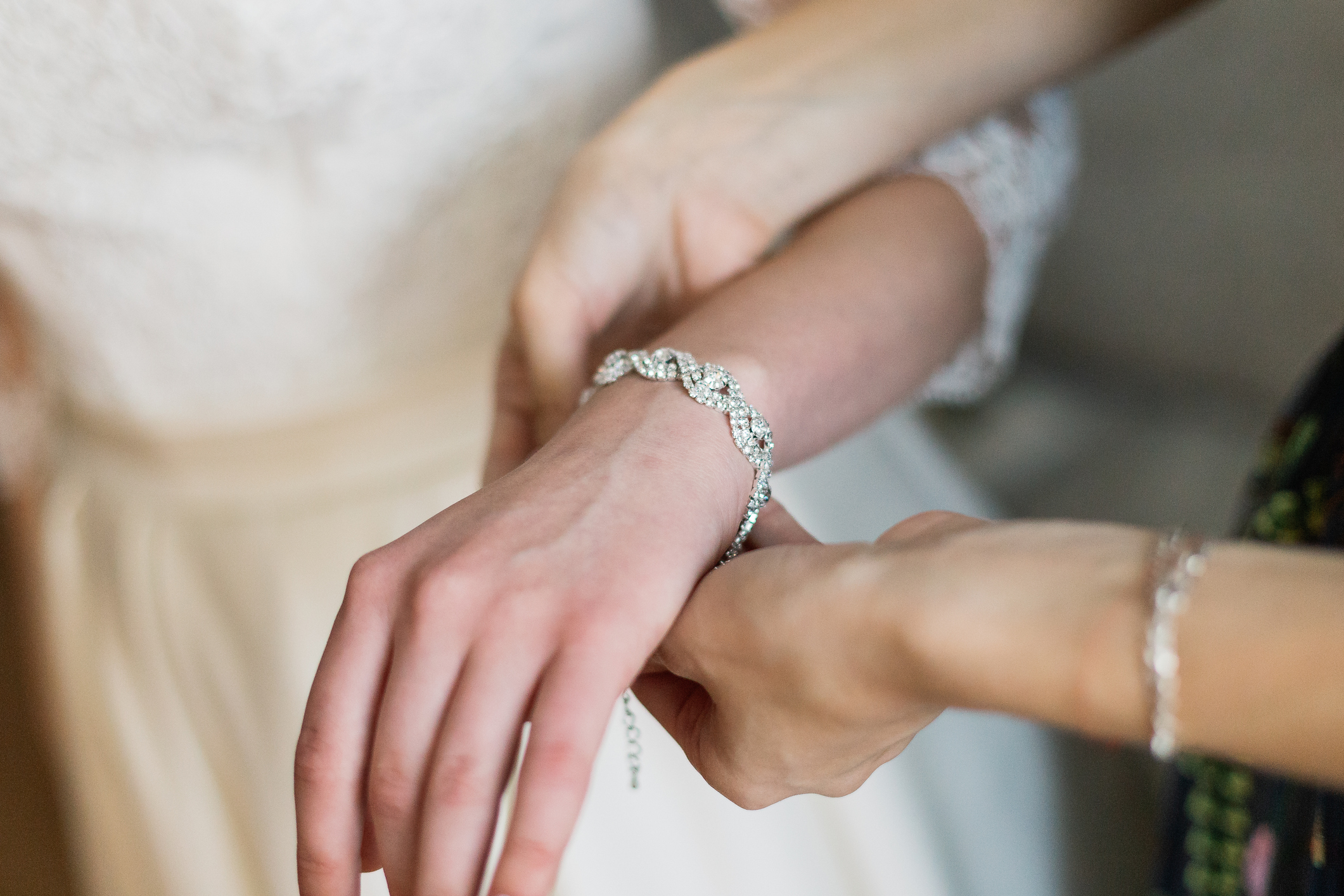 bride-luxury-bracelet